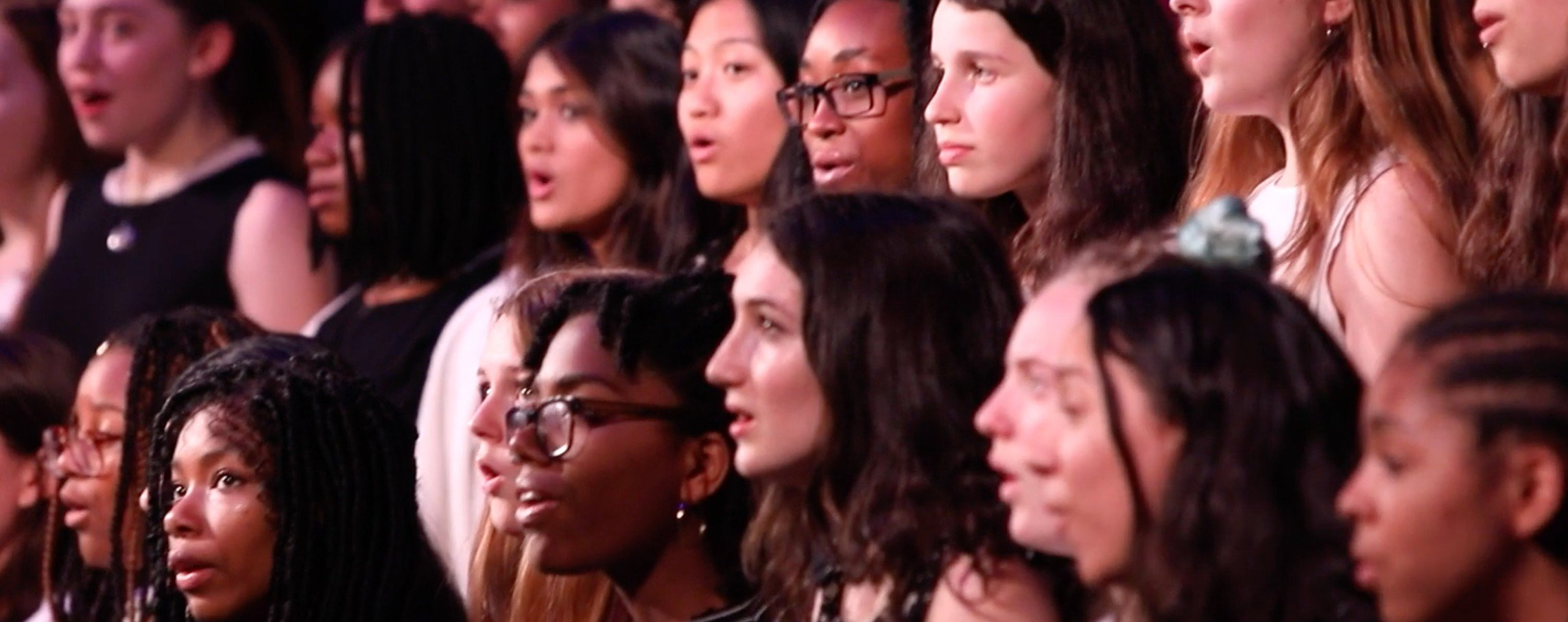 One Fine Day van David Byrne met het Brooklyn Youth Corus op het 'National Sawdust 2018 Spring Gala'