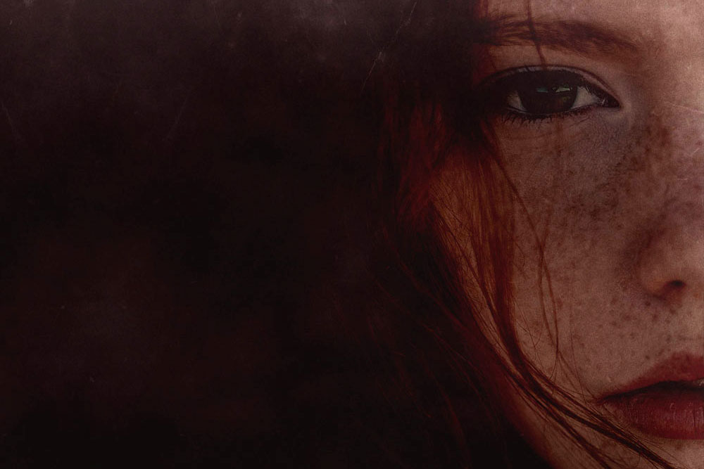 Zoe Cruel Summer face close-up (image © Shutterstock)