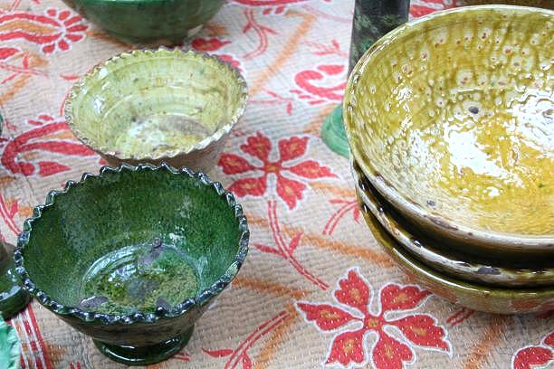 Bols, coupes dentelées et saladiers Tamegroute, fabriqués au Maroc