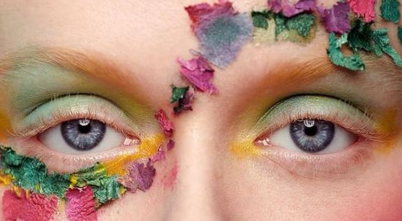Blooming makeup