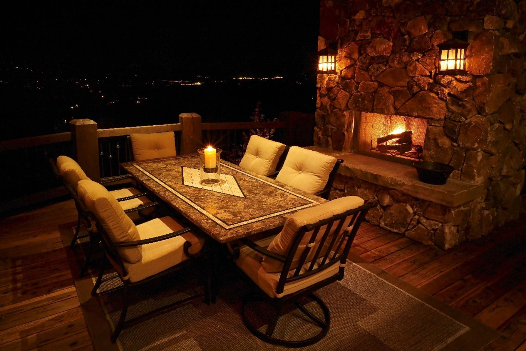 outdoor-table-lighting