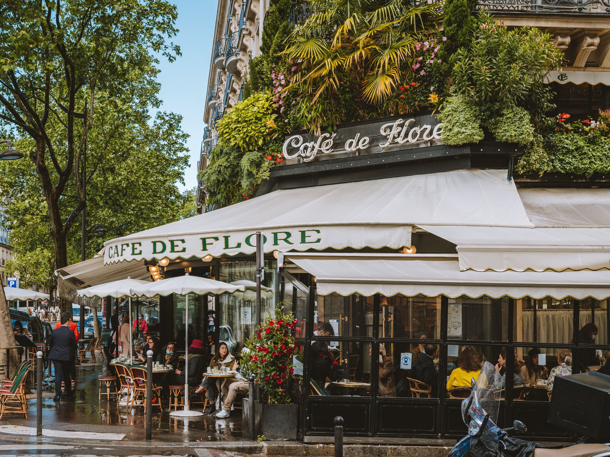 Paris café, Joann Pai for The New York Times