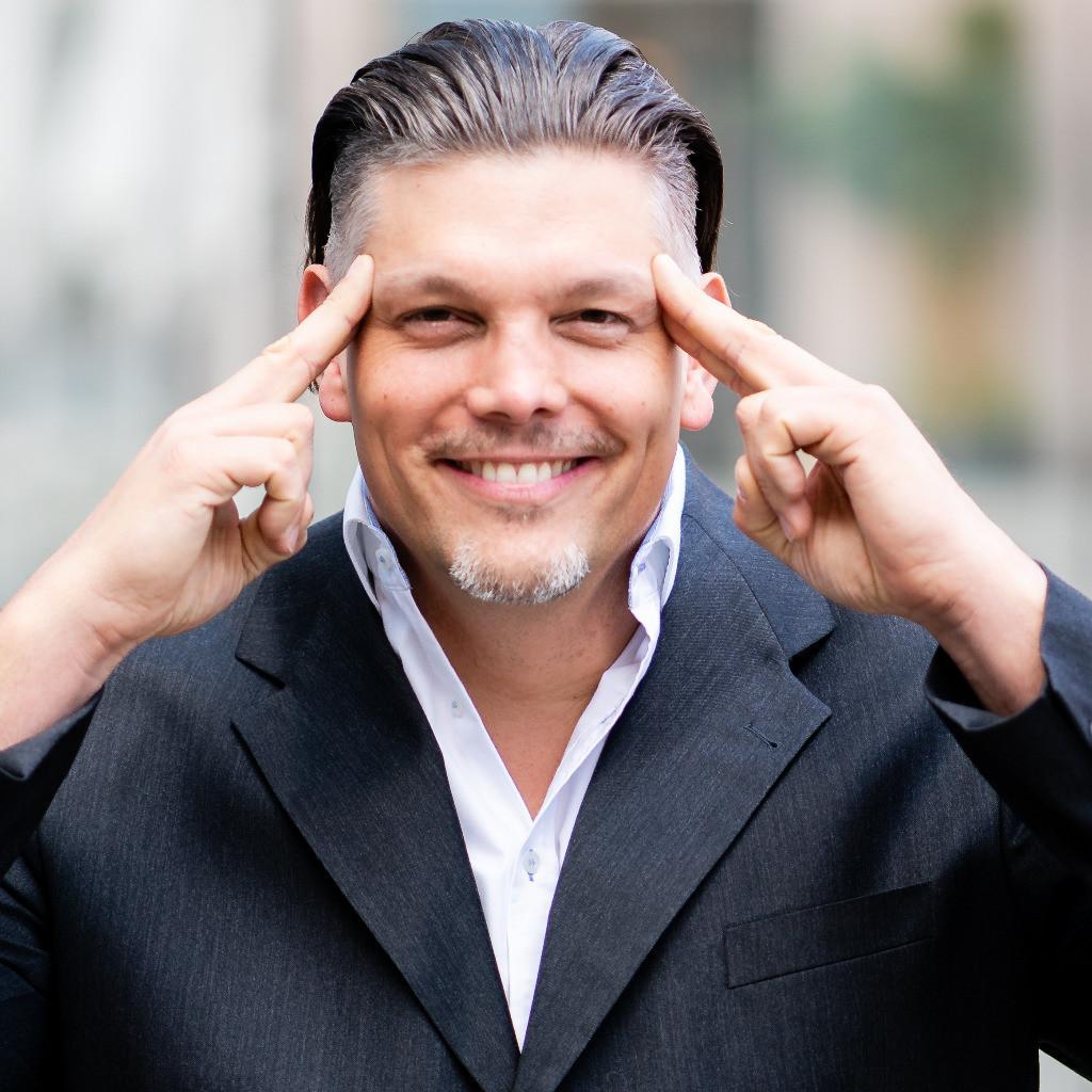 Dr. Florian Roski