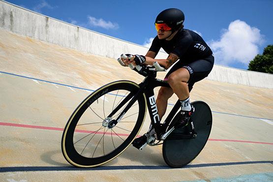 Ida Sten mukaan ohjaamaan sisäpyöräilytunteja