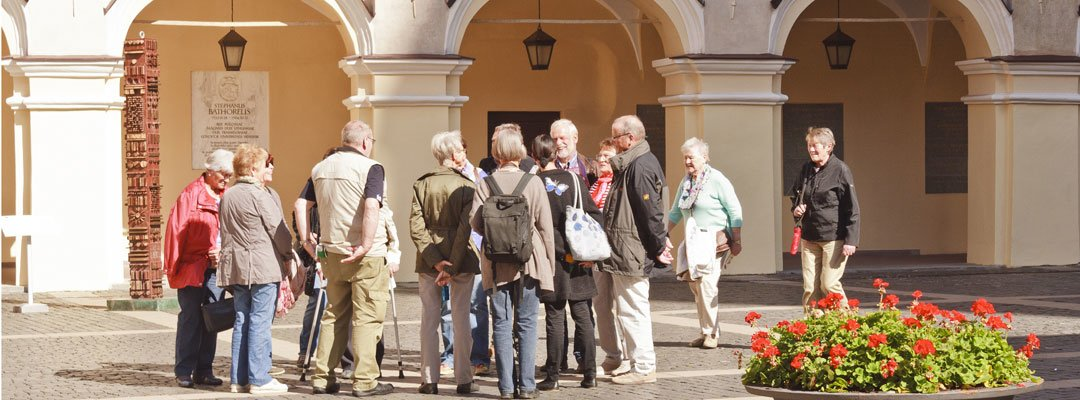 Join Vilnius Daily Walking Tours