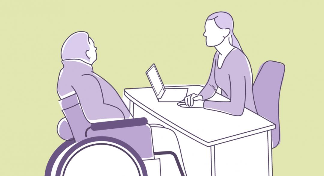 gráfica de una persona atendiendo a otra que es usuaria de silla de ruedas, junto al texto: Mooc Atención a la diversidad funcional en servicios
