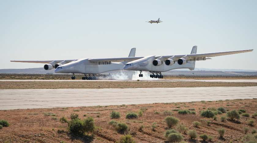 World's Largest Aircraft Makes Maiden Flight
