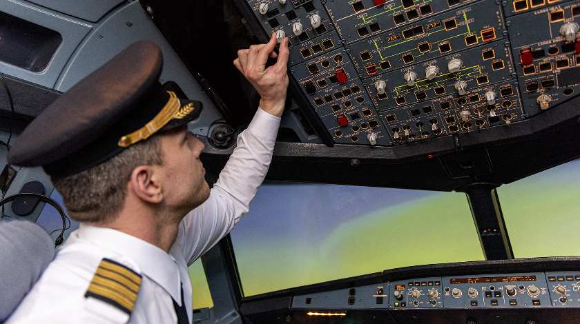 Pilot-Hungry Airlines Struggle with Global Pilot Shortage