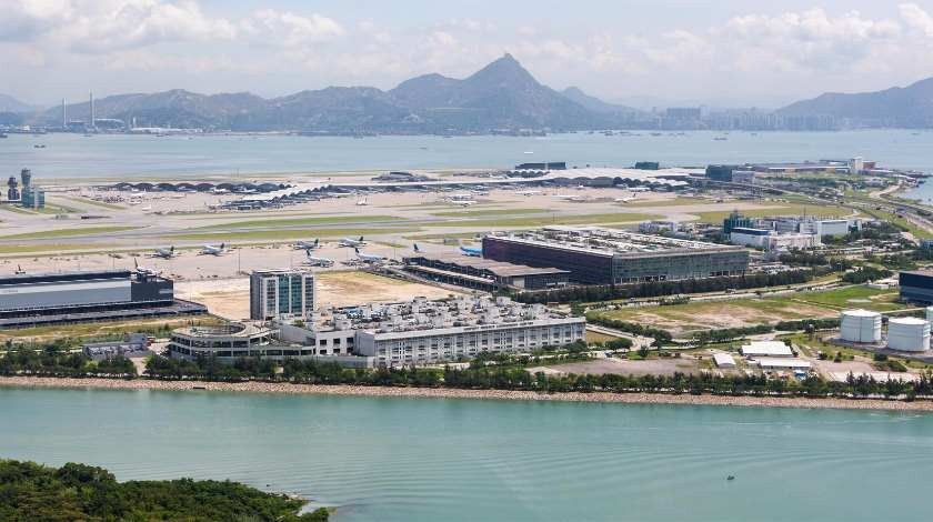 Hong Kong International Airport Cancels All Flights