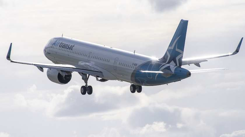 Airbus Delivers First A321LR to Canada's Air Transat