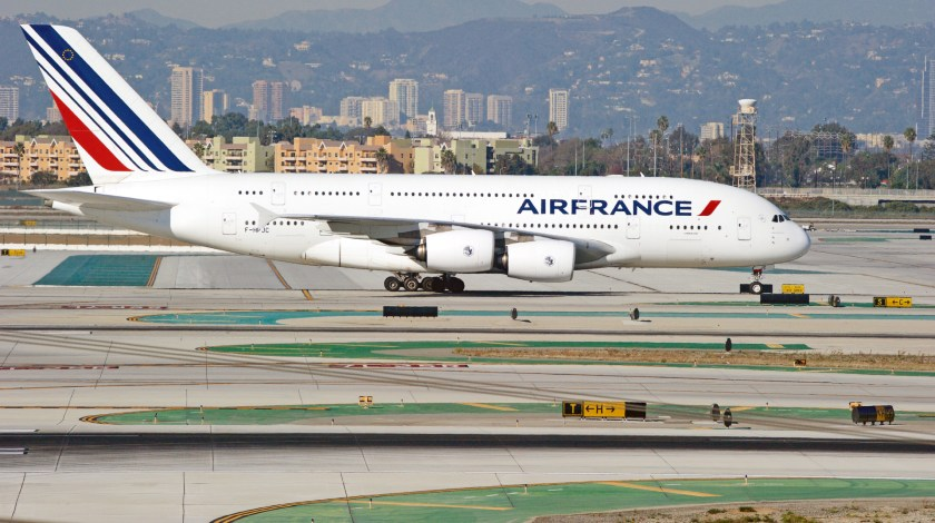 Air France and HOP! to Cut Over 7,500 Jobs in Three Years
