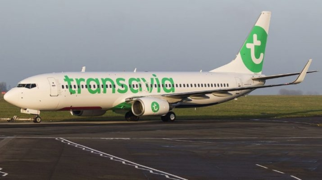 Eight Passengers Become Sick on Board of the Transavia Boeing 737
