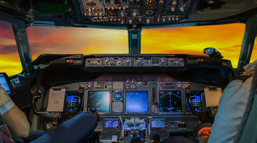 Crisis Through the Eyes of Experienced Pilots: Stay Positive