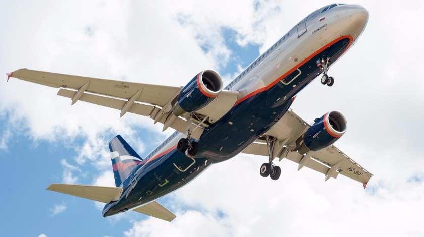 Aeroflot SSJ100 Crash-Landing Uncovers Troubles in Russian Aviation