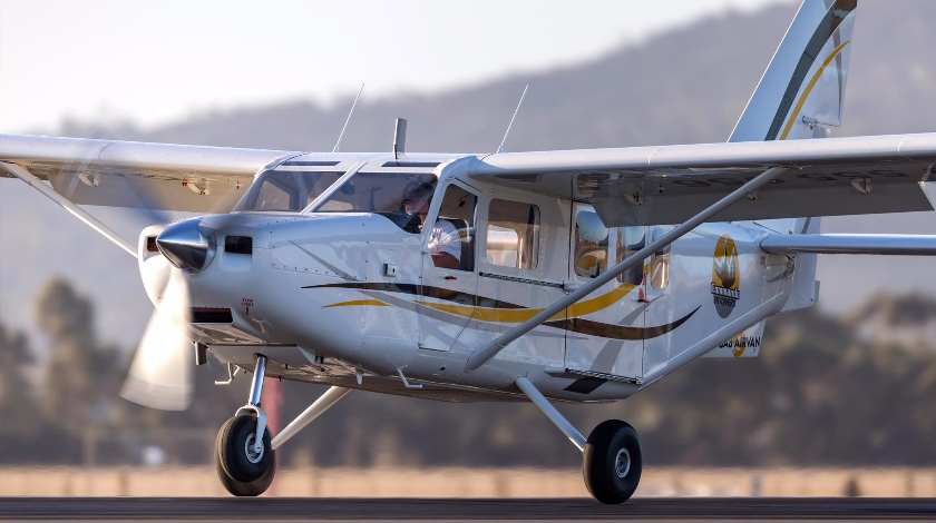 Australian GA8 Aircraft Operations Temporarily Suspended