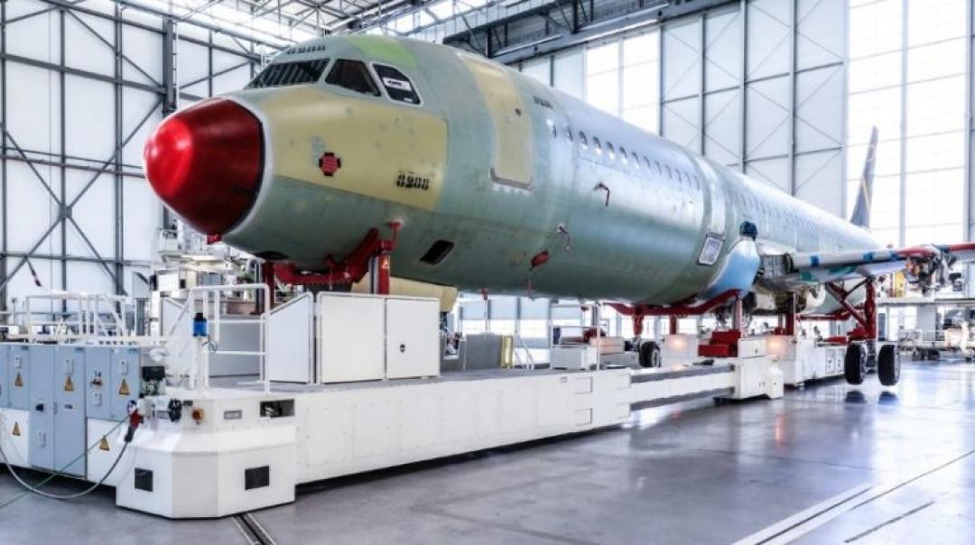 Norwegian Air International Boeing 737 Suffers Hydraulic FailureAirbus Inaugurates Hamburg's Fourth Airbus A320 Family Production Line