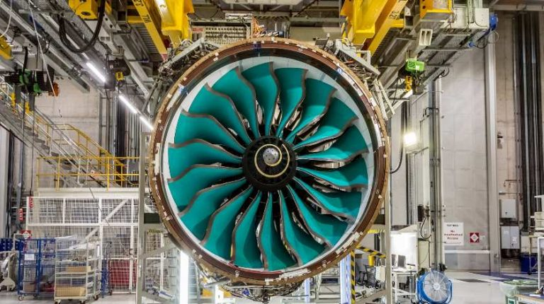 Structural Changes at Rolls-Royce: Cut of at Least 9,000 Jobs
