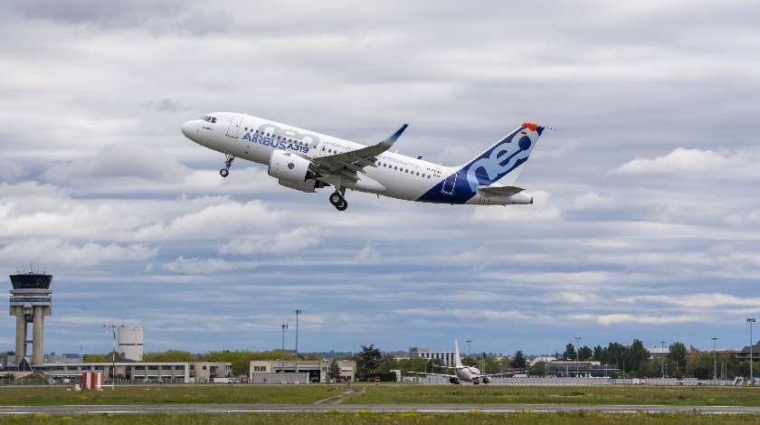 Pratt & Whitney Engine-Powered A319neo Makes Maiden Flight