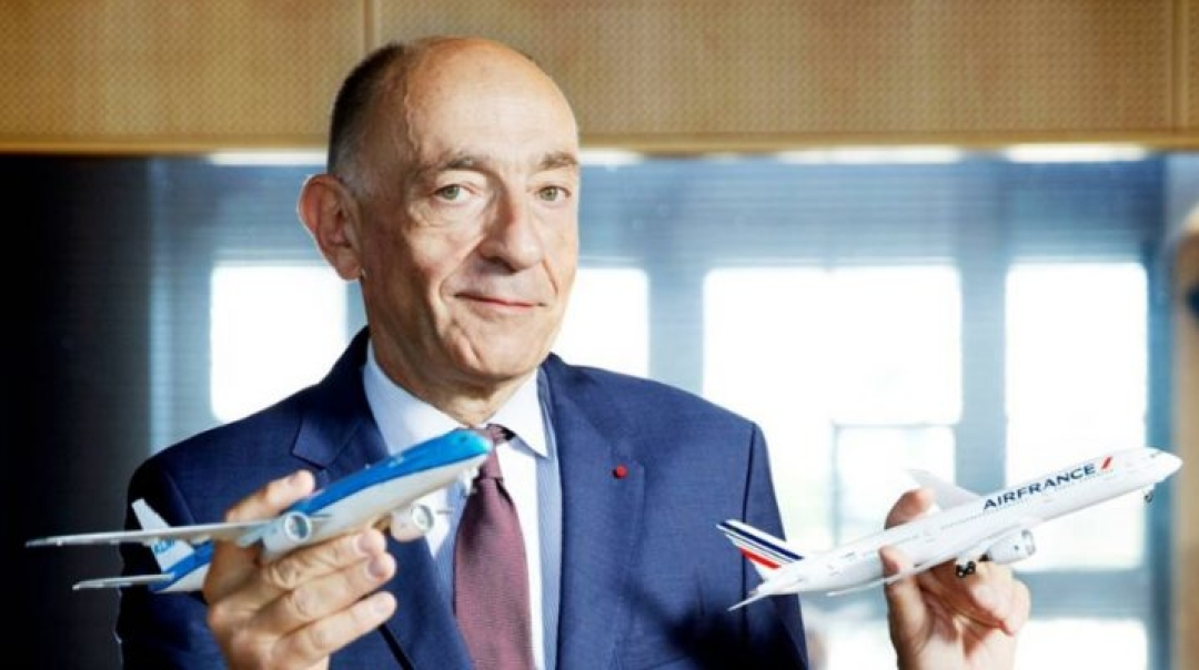 Air France CEO Steps Down after New Strike Hits the Airline