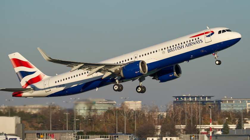 Pilots Hospitalized after Fumes Occur on Board of British Airways A321