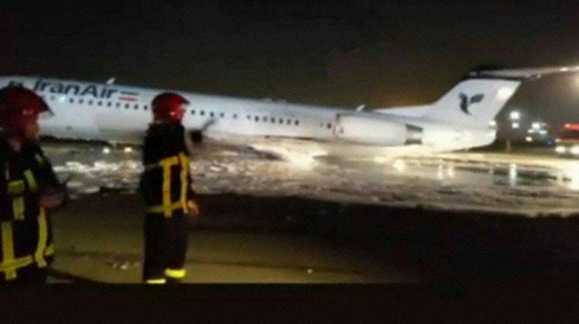 Iran Air Fokker 100 Main Gear Did Not Extend