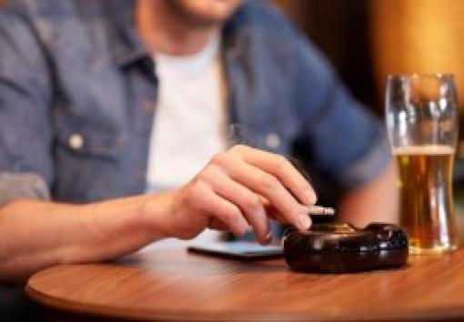 Les Français encore trop accros au tabac, à l'alcool… et aux antibiotiques !