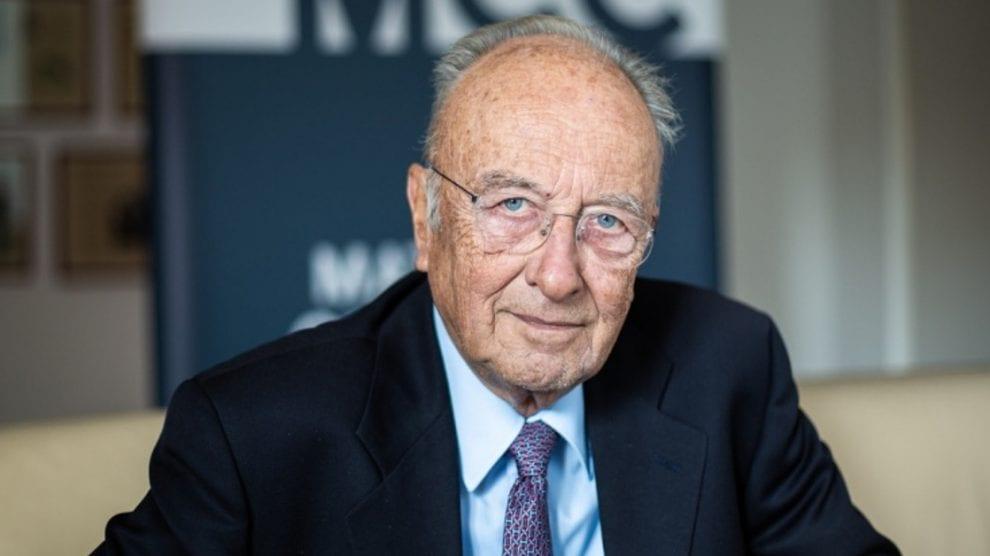 Staatsrechtler Rupert Scholz: Merkel-Regierung betreibt fortlaufenden Bruch des Grundgesetzes