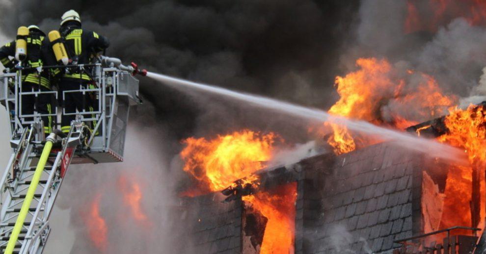 Malente: Migranten verüben Brandanschlag auf Mehrfamilienhaus – 15 Schwerverletzte