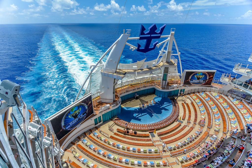Лайнер недели:Oasis of the Seas! Круизы от 521$/чел.!