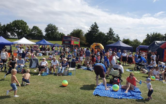 https://www.friendsofhardiepark.co.uk/ss17_community_festival/
