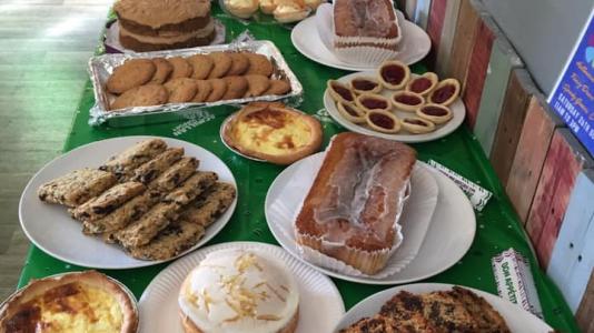 https://www.friendsofhardiepark.co.uk/fundraising/cake_sale_macmillan/